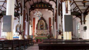 中國天主教堂(張士鋒 - CC BY-SA 3.0)