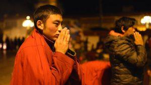 西藏信眾(網絡圖片)