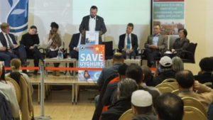 英國穆斯林委員會祕書長哈倫·拉希德·汗(Harun Rashid Khan)敦促與會者「高聲抗議」中國政府的種種不公。