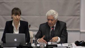 國際律師和獨立人民法庭法律顧問哈米德‧薩比先生(右者)