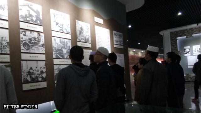 回民穆斯林紅色革命紀念畫展