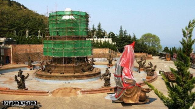 法華寺內的滴水觀音像被拆除